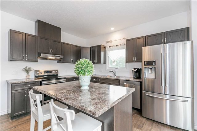 Detached at 158 Switzer St, Clearview, Ontario. Image 19