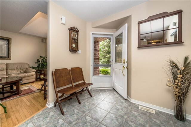 Detached at 126 Brown Wood Dr, Barrie, Ontario. Image 17