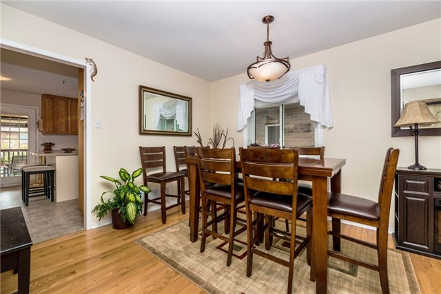 Detached at 126 Brown Wood Dr, Barrie, Ontario. Image 19