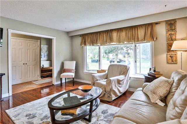 Detached at 15 Meadowland Ave, Barrie, Ontario. Image 17