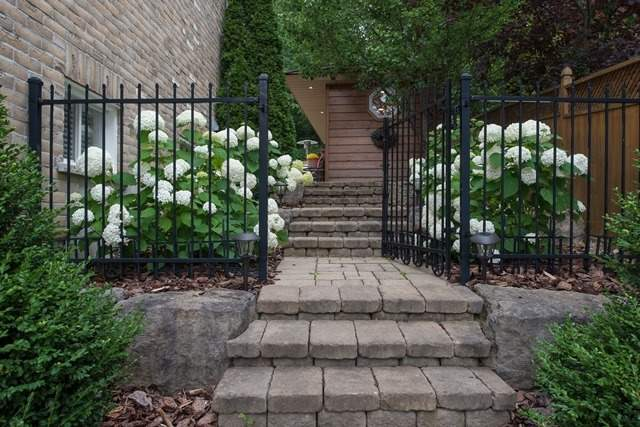 Detached at 29 Willow Fern Dr, Barrie, Ontario. Image 12