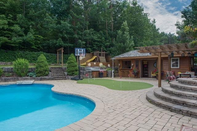 Detached at 29 Willow Fern Dr, Barrie, Ontario. Image 13