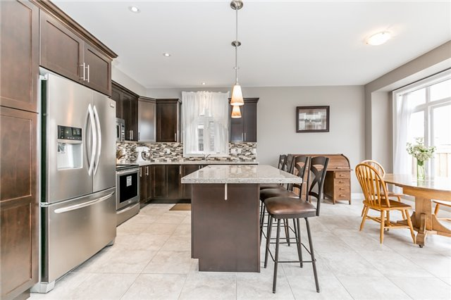 Detached at 50 Catherine Dr, Barrie, Ontario. Image 18