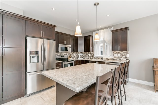 Detached at 50 Catherine Dr, Barrie, Ontario. Image 19