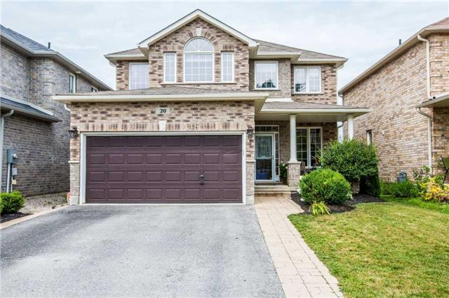 Detached at 20 Auburn Crt, Barrie, Ontario. Image 1