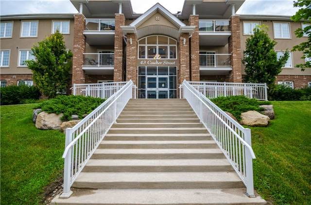 Condo Apartment at 43 Coulter St, Unit 26, Barrie, Ontario. Image 12