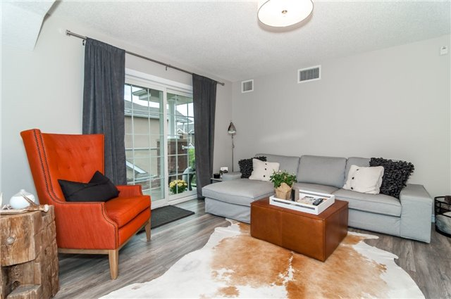 Condo Apartment at 43 Coulter St, Unit 26, Barrie, Ontario. Image 19