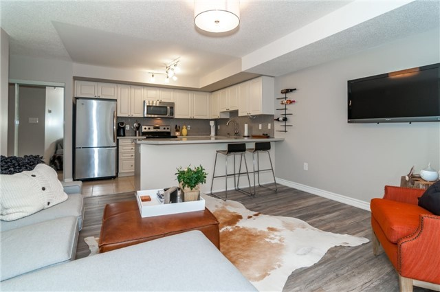 Condo Apartment at 43 Coulter St, Unit 26, Barrie, Ontario. Image 20