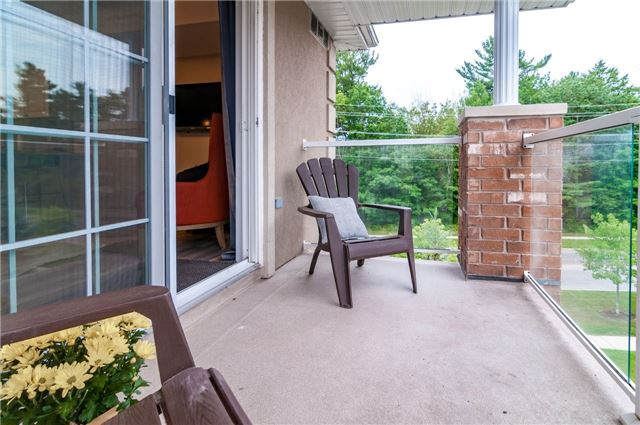 Condo Apartment at 43 Coulter St, Unit 26, Barrie, Ontario. Image 8