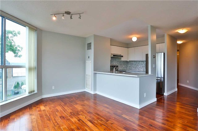 Condo Apartment at 150 Dunlop St E, Unit 411, Barrie, Ontario. Image 1