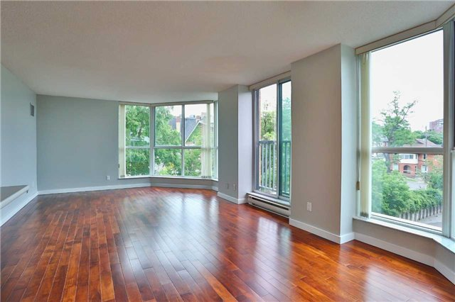 Condo Apartment at 150 Dunlop St E, Unit 411, Barrie, Ontario. Image 14