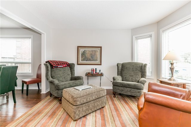 Detached at 5 Morton Cres, Barrie, Ontario. Image 12