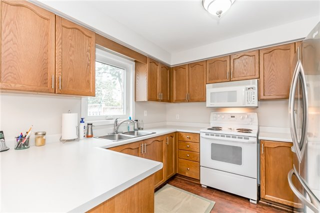 Detached at 5 Morton Cres, Barrie, Ontario. Image 15