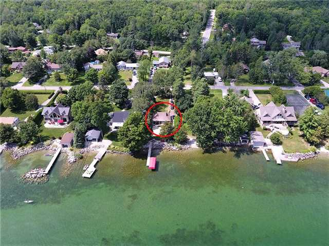 Detached at 105 Parkside Dr, Oro-Medonte, Ontario. Image 1