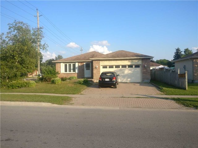 Detached at 157 Rose St, Barrie, Ontario. Image 1