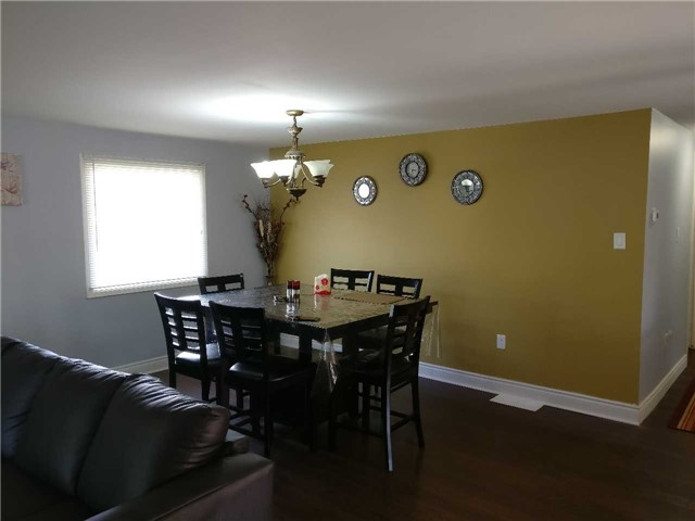 Detached at 157 Rose St, Barrie, Ontario. Image 15