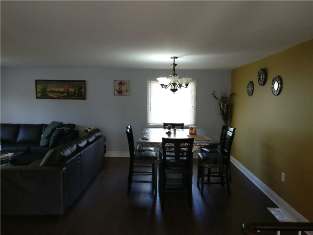 Detached at 157 Rose St, Barrie, Ontario. Image 17
