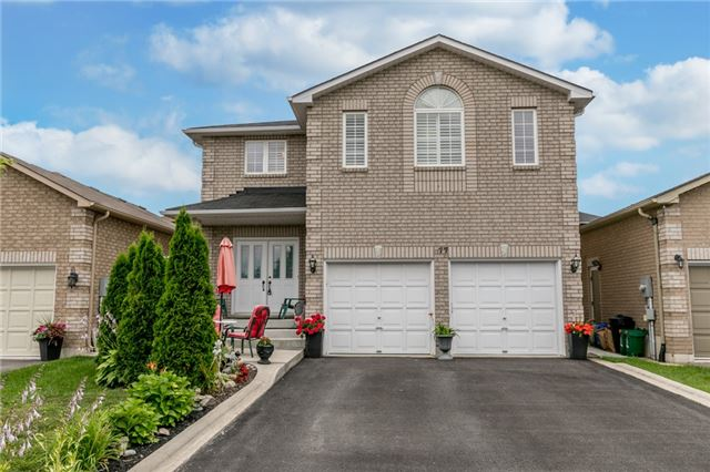 Detached at 77 Shalom Way, Barrie, Ontario. Image 1