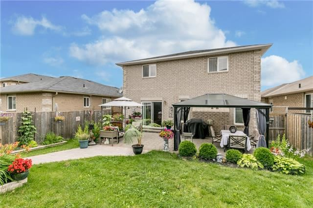 Detached at 77 Shalom Way, Barrie, Ontario. Image 12