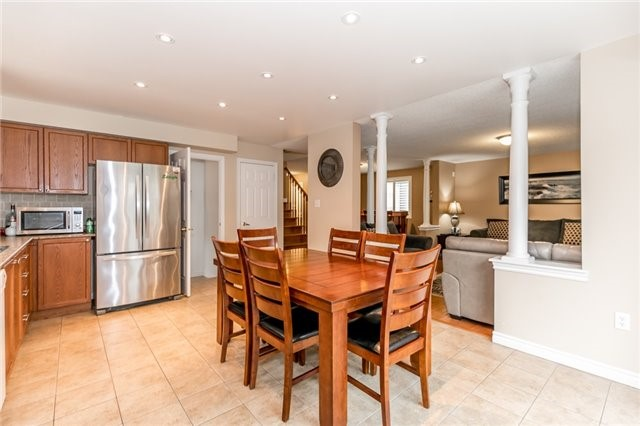 Detached at 77 Shalom Way, Barrie, Ontario. Image 17
