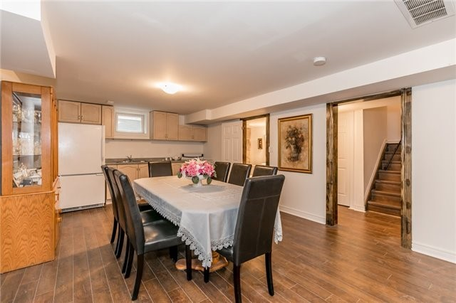 Detached at 77 Shalom Way, Barrie, Ontario. Image 18
