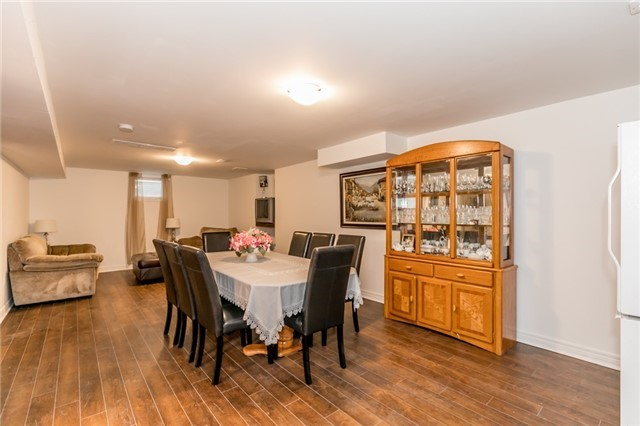 Detached at 77 Shalom Way, Barrie, Ontario. Image 19