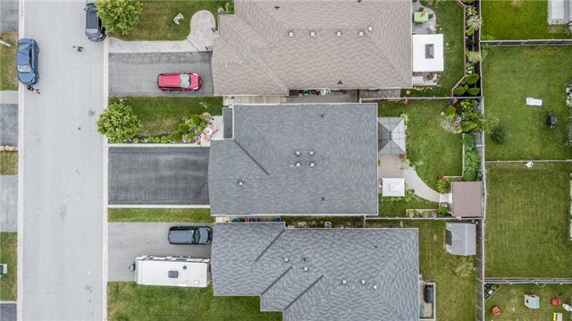 Detached at 77 Shalom Way, Barrie, Ontario. Image 13