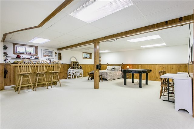 Detached at 4190 Wainman Line, Severn, Ontario. Image 3