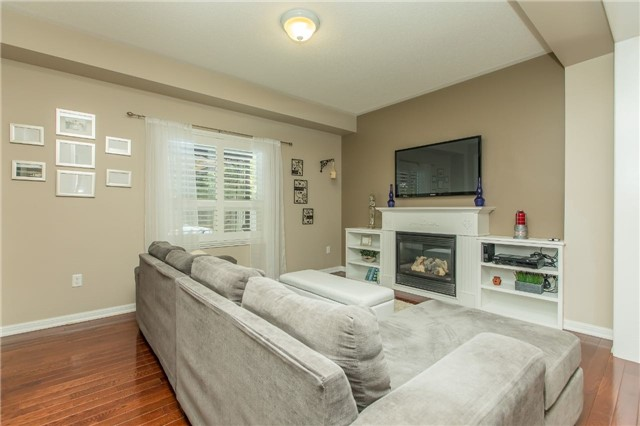 Detached at 123 Winchester Terr, Barrie, Ontario. Image 14