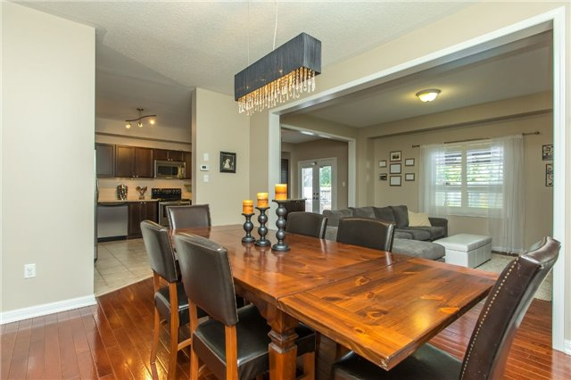 Detached at 123 Winchester Terr, Barrie, Ontario. Image 15