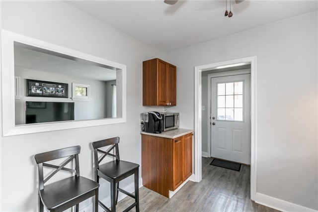 Detached at 114 Maple Ave, Barrie, Ontario. Image 17
