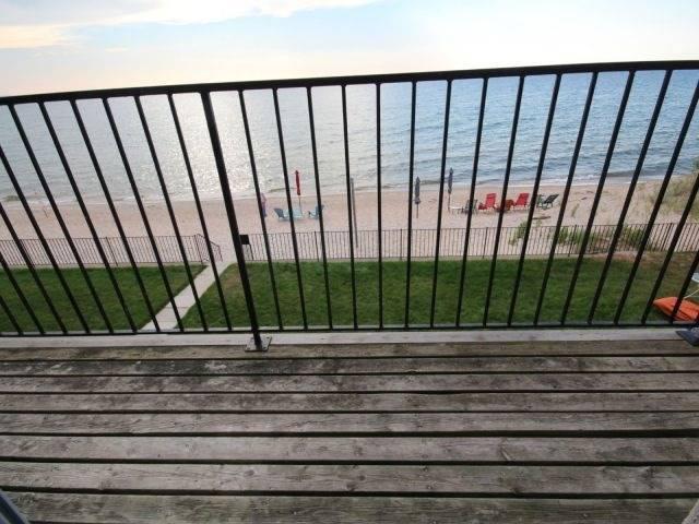 Condo at 1064 Tiny Beach Rd, Unit 19, Tiny, Ontario. Image 12
