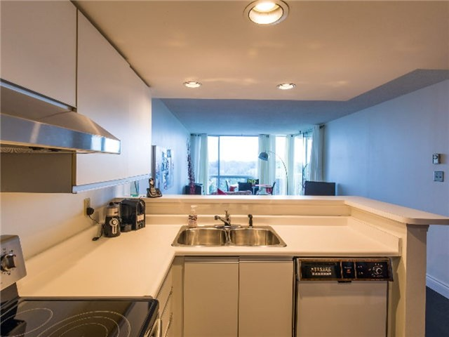 Condo With Common Elements at 24 Ramblings Way, Unit 705, Collingwood, Ontario. Image 18