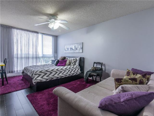 Condo With Common Elements at 24 Ramblings Way, Unit 705, Collingwood, Ontario. Image 3