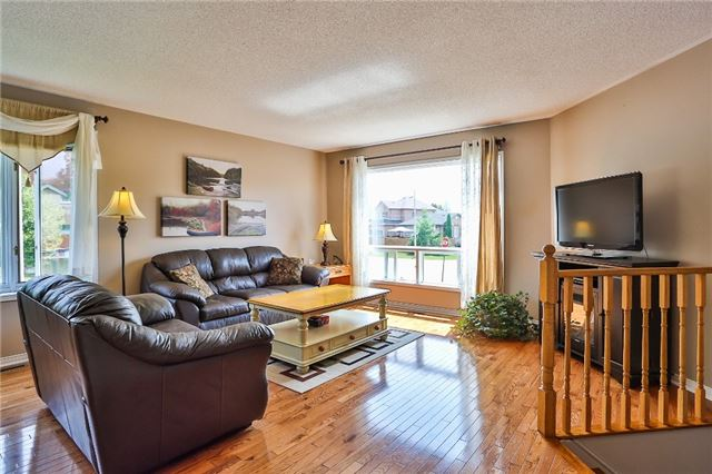 Detached at 135 Brucker Rd, Barrie, Ontario. Image 16