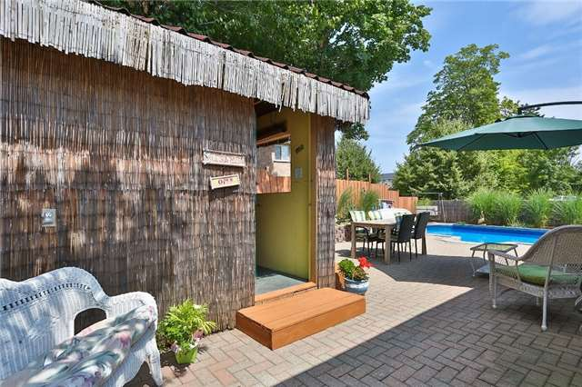 Detached at 135 Brucker Rd, Barrie, Ontario. Image 10