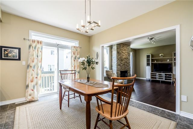 Detached at 28 The Queensway, Barrie, Ontario. Image 8