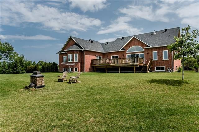 Farm at 1216 Wood Rd, Tay, Ontario. Image 4