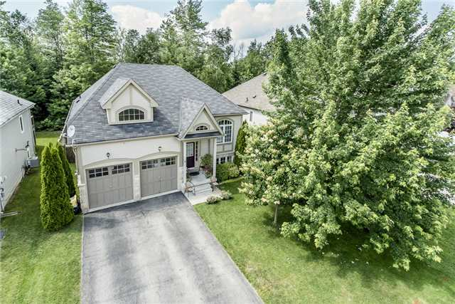 Detached at 11 Tanager Cres, Wasaga Beach, Ontario. Image 1