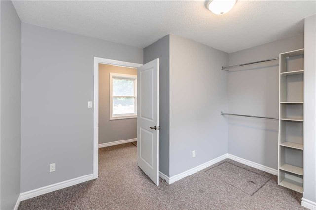 Detached at 20 Alfred St, Barrie, Ontario. Image 19
