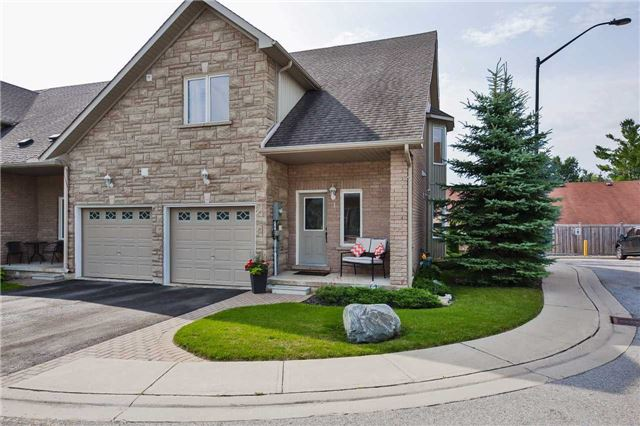 Townhouse at 125 Huronia Rd, Unit 1, Barrie, Ontario. Image 1