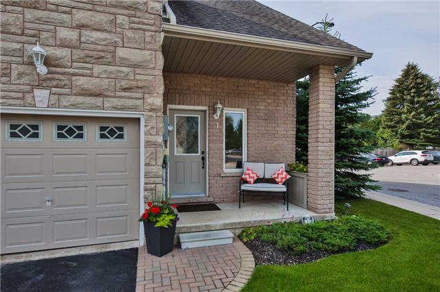 Townhouse at 125 Huronia Rd, Unit 1, Barrie, Ontario. Image 12