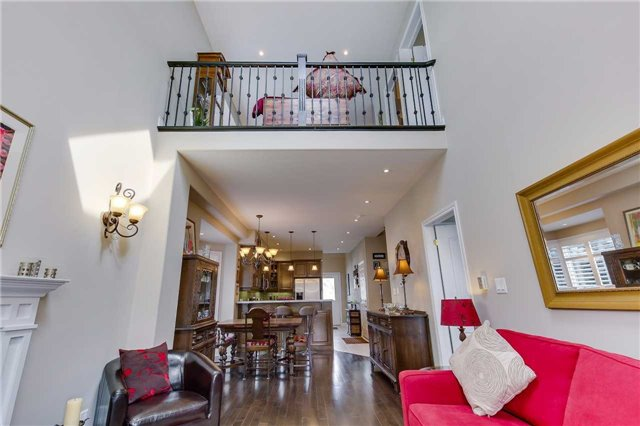 Townhouse at 125 Huronia Rd, Unit 1, Barrie, Ontario. Image 15