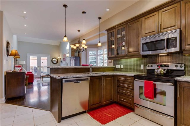 Townhouse at 125 Huronia Rd, Unit 1, Barrie, Ontario. Image 19