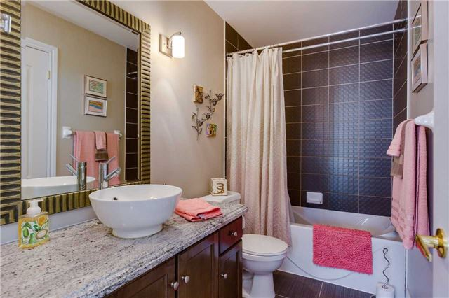 Townhouse at 125 Huronia Rd, Unit 1, Barrie, Ontario. Image 6