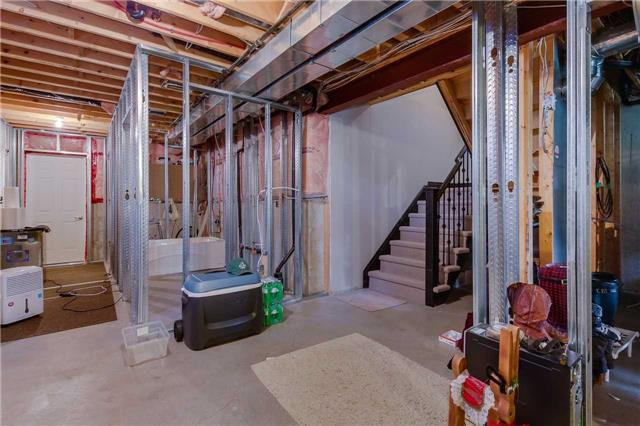 Townhouse at 125 Huronia Rd, Unit 1, Barrie, Ontario. Image 8