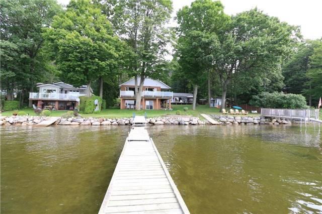 Detached at 43 Peek-A-Boo Tr, Tiny, Ontario. Image 12