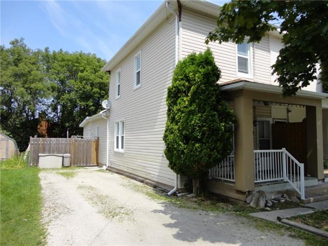 Semi-detached at 317 Second  St, Collingwood, Ontario. Image 1