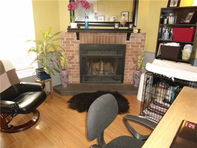 Detached at 174 Kozlov St, Barrie, Ontario. Image 13