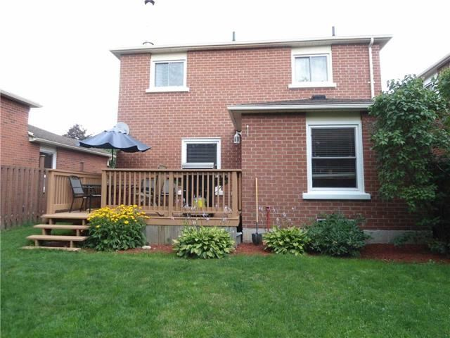 Detached at 174 Kozlov St, Barrie, Ontario. Image 7